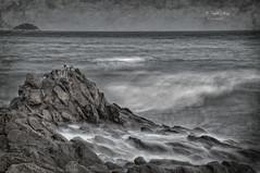 (353/18) El mar (Pablo Arias) Tags: pabloarias photoshop photomatix capturenxd españa cielo nubes mar agua mediterráneo paisaje roca bahía playa arena losestudiantes villajoyosa alicante