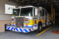 Berwyn Fire Company Engine 2-1 (Triborough) Tags: pa pennsylvania chestercounty berwyn bfc berwynfirecompany firetruck fireengine engine engine21 seagrave marauder marauderii