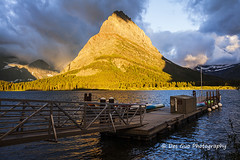 Swiftcurrent Lake and Mount Grinnell at Sunrise, Glacier National Park (PhotoDG) Tags: swiftcurrentlake swiftcurrent lake sun sunrise cloud water rockymountains therockies landscape dock ef1635mmf28liiusm mountgrinnell glaciernationalpark glacier nationalpark manyglacierhotel 冰川国家公园