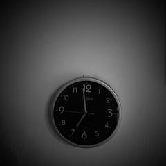 Negrative Space: #17 (DrCuervo) Tags: sundaymorning simplybwapp iphine monochrome blackandwhite clock negativespace 17