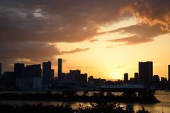Sunset in the land of the rising sun. #3 (varnaboy) Tags: tokyo japan japanese minato odaibaisland island sunset skyline city urban sun clouds tokyobay sky dusk