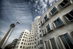 Diagonal / Diagonaal (jo.misere) Tags: frank gehry dusseldorf medienhafen clouds funkturm lantaarn