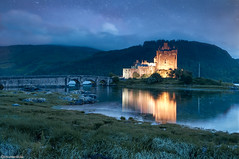 Romantic castle (Mikel H.S) Tags: bridge castle scotland skye isleofskye estrellas stars longexposure sky sea escocia puente cielo largaexposicion nubes mar