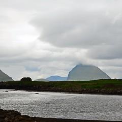 Kirkjubøur (mikael_on_flickr) Tags: kirkjubøur faroeislands isolefaroe færøerne føroyar hestsfjørdur koltur hestur strait himmel sky cielo skyer clouds nuvole water acqua landscape landskab paesaggio grey grau grigio grå cloudy