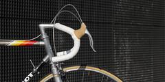 Cycles_214_N°003_2014_Peugeot_PY10FC_1983_Team_Replica_0019 (wapdawap - Cycles 214) Tags: peugeot py10fc py10 fibre de carbone carbon fiber racing team replica simplex slj drilled mavic ssc spécial service des courses cinelli weinmann 400 maillard 700 dural lightweigh weightweeny spécialités ta salle italia turbo vitus 979 tour france ambrosio ffc christophe stronglight 107 a9 700t 53x42 polished highend vintage hightech 1983 first frame 4000cp 522a factory
