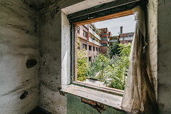 19/30 2017/07 (halagabor) Tags: urban urbex urbanexploration urbanexploring exploration exploring explorer factory industrial abandoned abandonment decay derelict devastation nikon d610 budapest hungary hungarian building architect architecture lost lostplaces old forgotten nikkor window windows