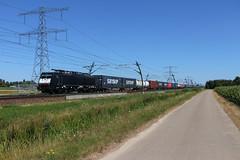 CT 189 096 + Melzo-shutte   Angeren, 15-7-2018 (Arnoud - Fotografie) Tags: trein goederentrein rail railway captrain ct 189 096 canon cargo ns betuweroute angeren guterzug