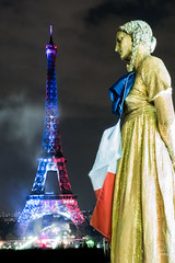 1998 ⭐⭐ 2018 🇫🇷 (Julien CHARLES photography) Tags: 2018 eiffel eiffeltower europe france paris statue toureiffel worldcup coupedumonde flag football french frenchflag