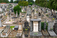 Cimitero Monumentale di Milano (Rourkeor) Tags: milano lombardia italy it circa1866 tombs graveyard graves monuments mausoleum sony sonyrx1r rx1r fullframe carlzeiss zeiss sonnar t 35mm