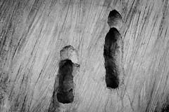 Negativ II (Art de Lux) Tags: berlin grunewald gleis17 gedenkstätte mahnmal memorial skulptur sculpture mauer wall beton concrete karolbroniatowski schwarzweis blackwhite sw bw lumix gx8 summilux 15mmf17