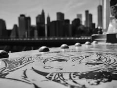 Pont de Brooklyn (cadmanilameer) Tags: nb noirblanc blackwhite bw pont architecture tag etas unis new york
