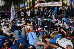 Non au délit de solidarité (Jeanne Menjoulet) Tags: marche solidaire migrants immigration paris manifestation manif