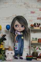 "Denim overalls • <a style=""font-size:0.8em;"" href=""http://www.flickr.com/photos/49224479@N08/42196010914/"" target=""_blank"">View on Flickr</a>"