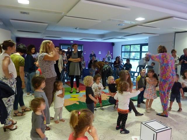 Photo 8 - Le service petite enfance fête l'arrivée de l'été!