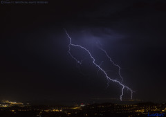 2018.06.20 - 234626 (NIKON D7200) [Carvalha] (Nuno F. C. Batista) Tags: clouds nuvens portugal lusoskies lightning relâmpago thunderstorm trovoada storm night sky nikon severeweather storms photography margemsul skies portuguese meteorology cumulunimbus d7200 arrudadosvinhos carvalha