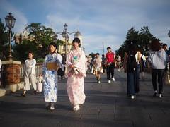 girls in kimono (brili225) Tags: street panasonic 20mm f17 pancake lumix kimono girl