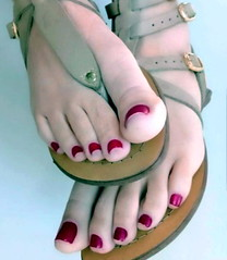 strap happy! (pbass156) Tags: feet foot footfetish fetish toes toefetish toenails teasing sexy sandals toepolish paintedtoes painted pedicure shoes sandalias strappy