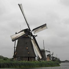 Kinderdijk7 (Campag3953) Tags: kinderdijk netherlands windmill worldheritagesite water sky cloud