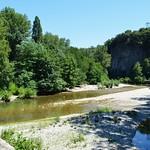 Mialet (Gard), depuis le pont des Camisards, vue sur le gardon de Saint-Jean thumbnail