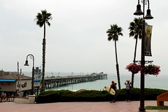San Clemente Pier (Prayitno / Thank you for (12 millions +) view) Tags: konomark san clemente beach pacific ocean water front cloudy fog foggy day time outdoor activity relax relaxing beautiful view scenic coastal coast ca california