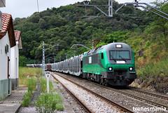 Cobejo PK 454,0 (Trenesmania) Tags: tren trenes train trains rail railway ferrocarril bahn eisenbahn renfe adif comsa comsarailtransport bitrac 601 hibrida diesel autos coches renault