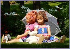 Sanrike und Milina ... habt einen schönen Sonnentag ... (Kindergartenkinder 2018) Tags: kindergartenkinder sanrike milina schloss arcen park