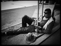 lunch break fashion plate (Chris Blakeley) Tags: seattle hipstamatic construction candid streetphotography bnw