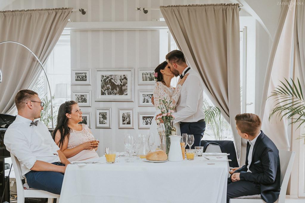 354 - ZAPAROWANA - Kameralny ślub z weselem w Bistro Warszawa
