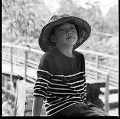 000913100011 (Steven Tsai (正港蔡爸)) Tags: hasselblad501c hasselblad planar135f100mm kodak400tx bw mediumformat analog film filmphotography