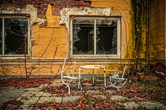 a cup of coffee please (Peter's HDR-Studio) Tags: petershdrstudio hdr lostplace abandonedhotel window rusty verlasseneshotel verlasseneplätze verlassen verlasseneterrasse rostig rostigestühle verlassenertisch fenster zerbrochenefenster