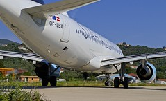 "JSI/LGSK: Austrian ""StarAlliance"" Airbus A320-214 OE-LBX (Roland C.) Tags: jsi lgsk airport skiathos greece ausrtrian staralliance airbus a320 a322 a320200 oelbx aviation airliner aircraft airplane"