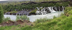 panoramica Islandia Cascada Hraunfossar rio Hvita 01 (Rafael Gomez - http://micamara.es) Tags: islandia cascada de hraunfossar rio hvita cataratas panoramica cascadas y río hvitá