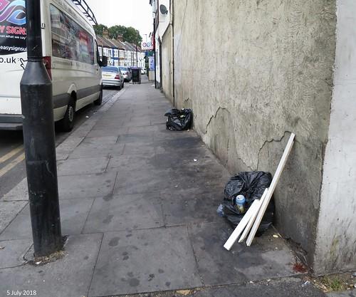 Moorefield Road - Dumping starter bags