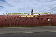 Superior-Lidgerwood-Mundy Corporation, Superior, WI (Robby Virus) Tags: superior wisconsin wi slm sign signage scaffold superiorlidgerwoodmundy corporation mundy lidgerwood manufacturing warehouse industry industrial capstans winches barge haul systems
