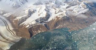 Morrenas centrales y glaciar de marea - Scoresby Sund (Groenlandia) - 01