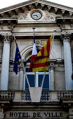 Avignon Hotel de Ville (bobbex) Tags: france avignon hoteldeville flags clock