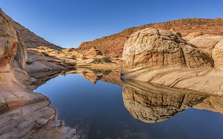 Coyote Buttes North @ perfect reflection*