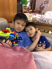 2018.7.5 (amydon531) Tags: baby boys kids brothers justin jarvis family cute
