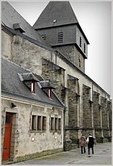 Eglise Saint-Pierre, Bastogne, Belgium (claude lina) Tags: belgique belgium belgië bastogne ardennes luxembourg provinceduluxembourg claudelina église church eglisesaintpierredebastogne