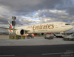 A6-ENE (dm.photo) Tags: dubai uae boeing 777 b777 a6ene emirates emiratesairline glasgow glasgowairport scotland