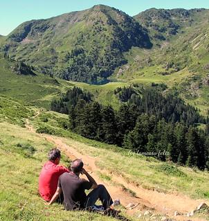 Senda al lago Bareilles-Pirineos Centrales.Francia.