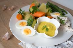 Aie Aie Aioli (Arnø N°XX) Tags: ail carrotte carrots potatoes fish daurade poisson recette provence méditerranée cuisine méditerranéenne sauce mayonnaise harricot beans egg oeuf huile olive oil