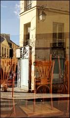 . (madras91) Tags: paris street streetphotography color reflection reflets summarit summarit35mmf25 35mm mtyp240 m240 leicam