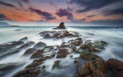 Turbulencias (www.studio360fotografia.es) Tags: playa faropuntacarnero paisaje nikon d700 nikkor 1835g beach mar sea rocas rocks landscape sky cielo nubes clouds amanecer nature naturaleza