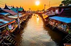 Amphawa Floating Market Thailand-27a (Yasu Torigoe) Tags: thailand travel sony a99ii asia amphawa floating market culture