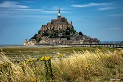 Le Mont St-Michel (didier95) Tags: montstmichel architecture manche normandie paysage abbaye abbayedumontstmichel ciel nuage er
