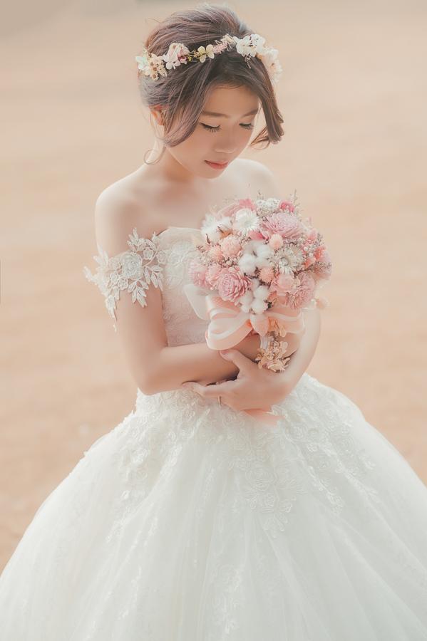 41363324860 e39ae763ae o 自助婚紗新娘捧花系列介紹與款式挑選
