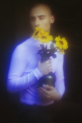 Pedro (TheJennire) Tags: photography fotografia foto photo canon camera camara colours colores cores light luz young tumblr indie teen adolescentcontent malemodel fashion 50mm 2018 ethereal dreamy turtleneck sunflowers pastelcolors fantasy dream art flowers foggy naturallight
