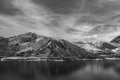 Chile | Embalse del Yeso | Landscapes (Medigore) Tags: paisaje cielo ladera roca montaña hierba landscape sigma canon lago nieve
