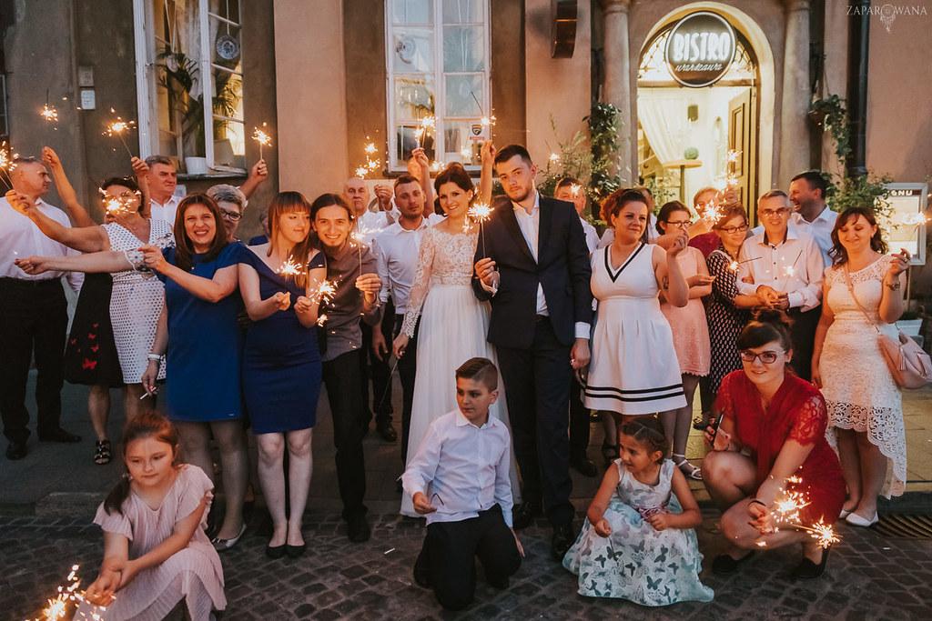 569 - ZAPAROWANA - Kameralny ślub z weselem w Bistro Warszawa